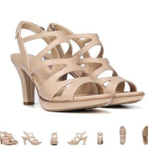 Naturalizer Dianna 8 nude slingback platform heel